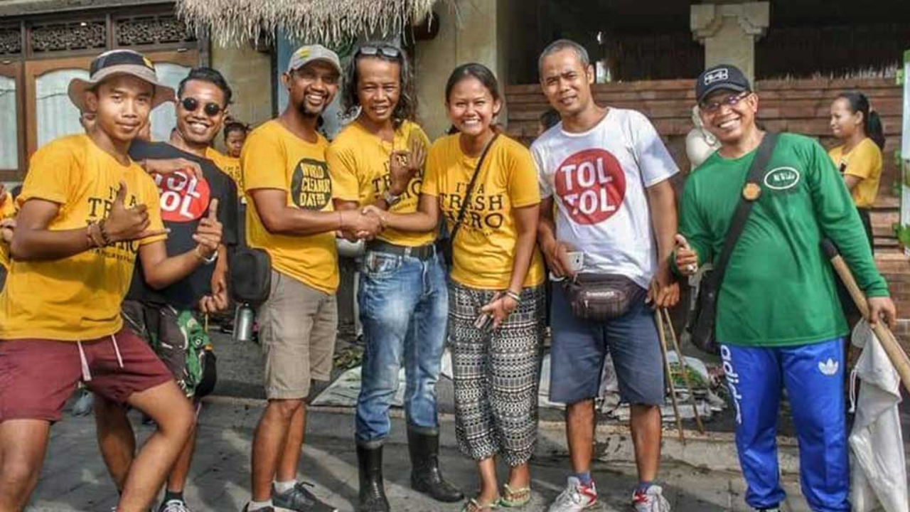 Trash Hero Ubud volunteers